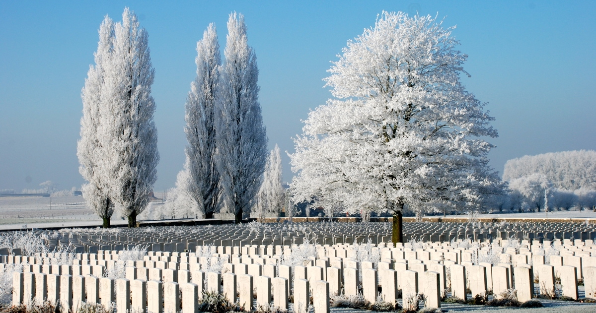 Tyne-Cot-Cemetery-Frost0000